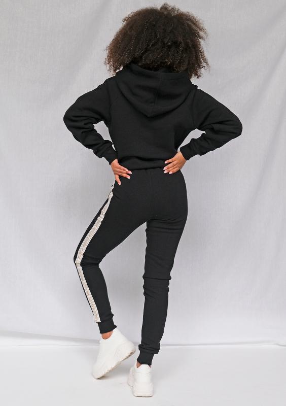 Schwarzer Hoodie mit seitlichen Jacquard-Logo-Streifen