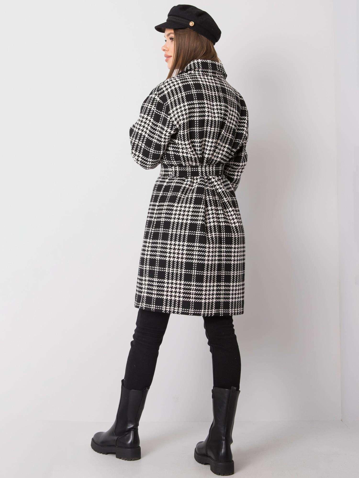 Mantel in schwarz-weiß kariert mit Hahnentrittmusterdetails Rückansicht