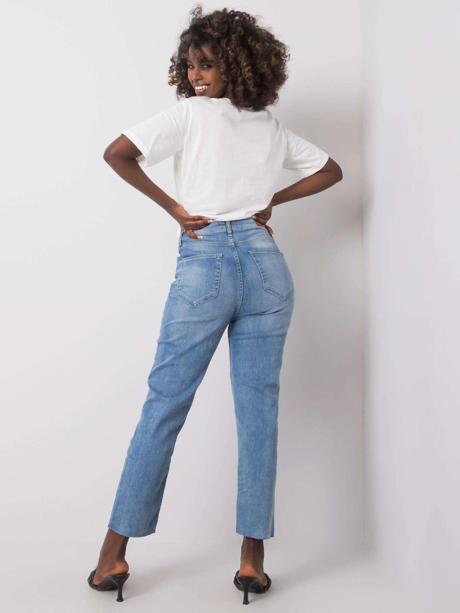 Jeans in Hellblau Rückansicht