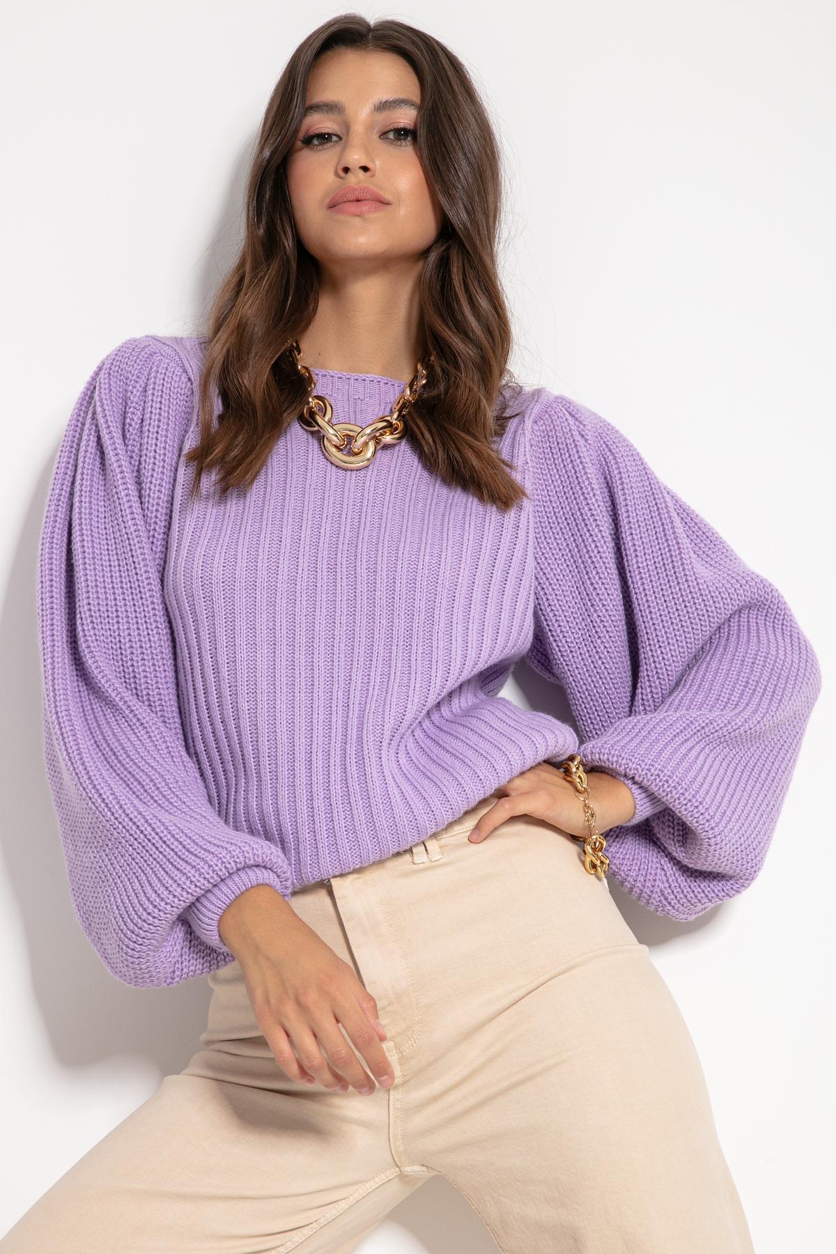 Mysticvioletter Sweater mit weiten Ärmeln