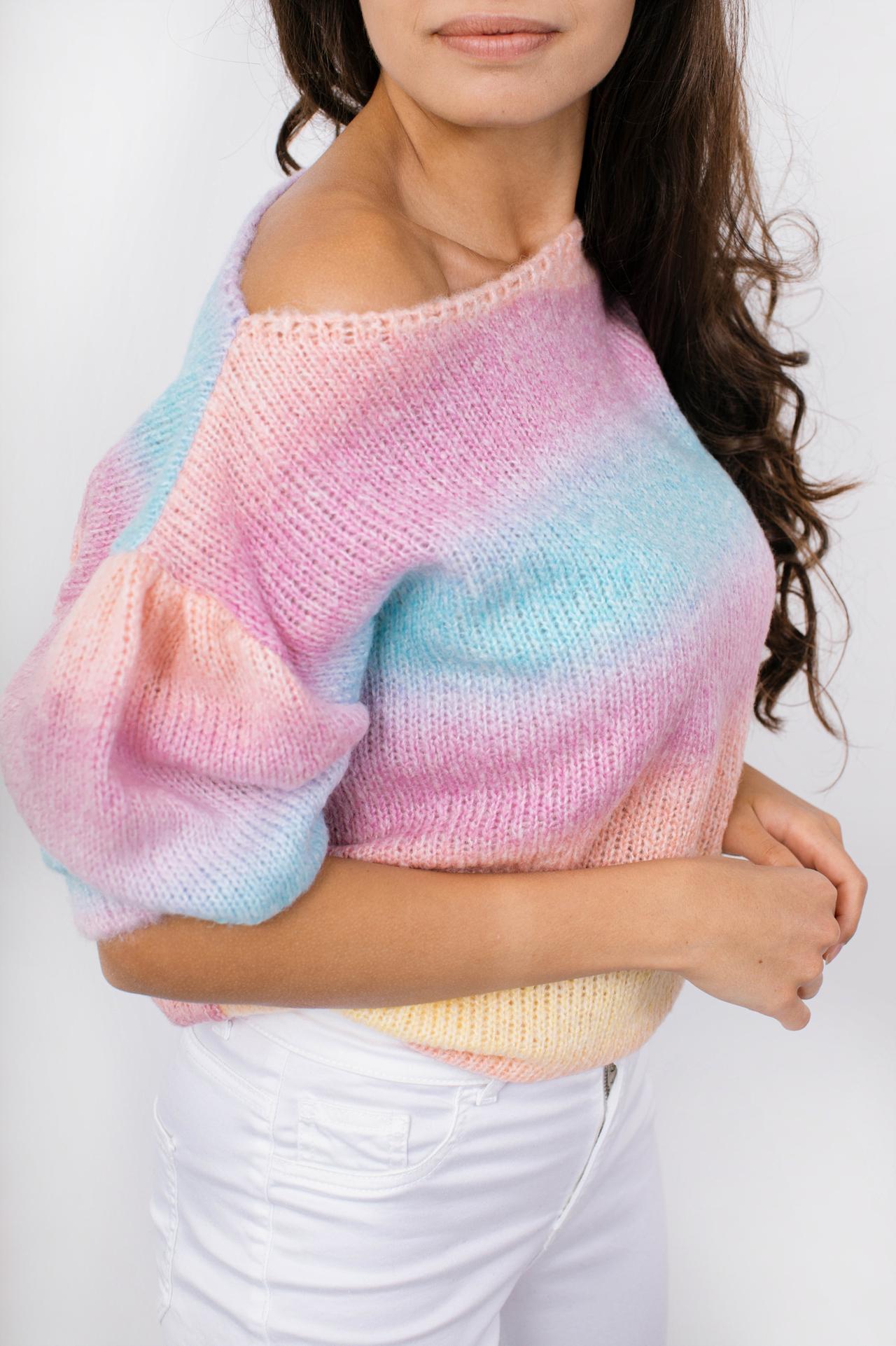 Sweater in Regenbogenfarben Seitenansicht