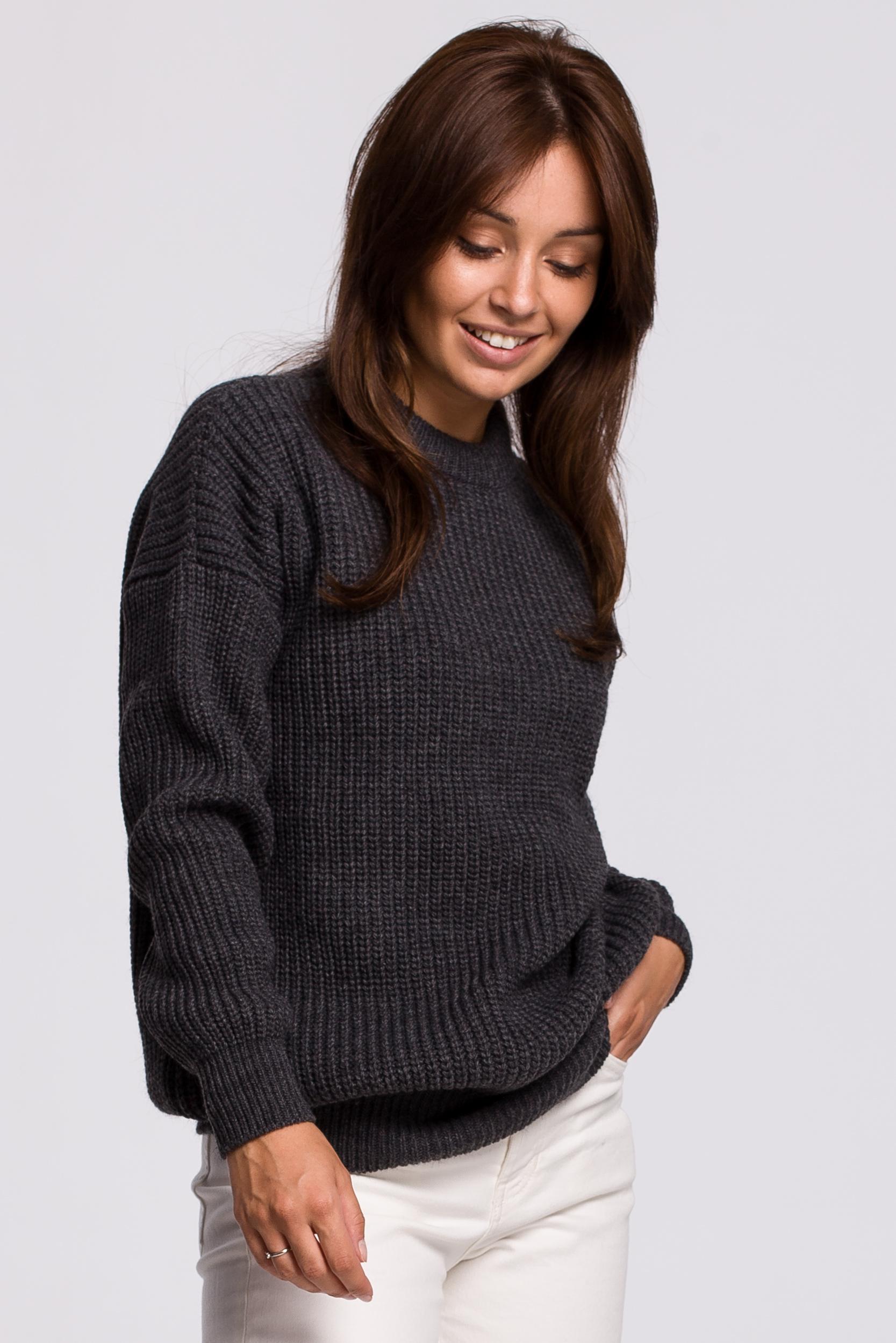 Sweater in Graphite Vorderansicht