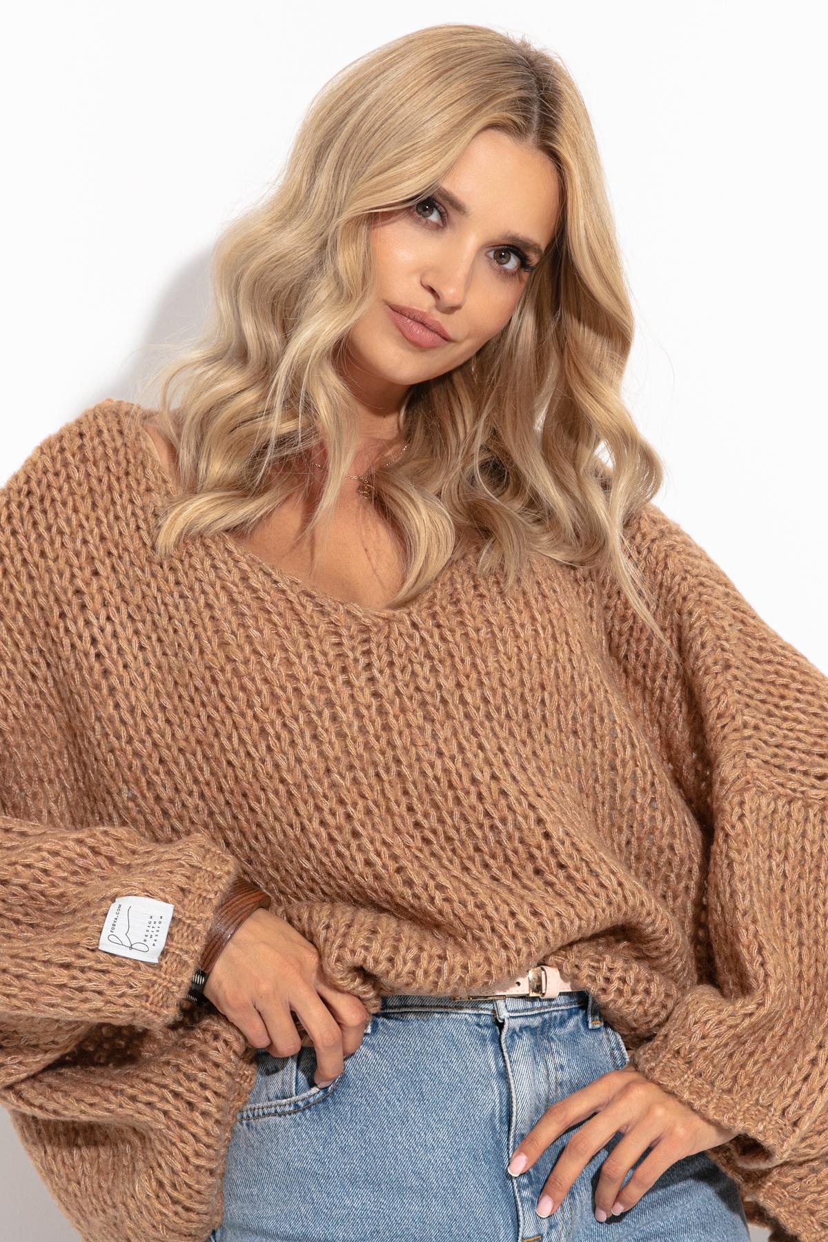 Pullover mit V-Ausschnitt in Camel Vorderansicht