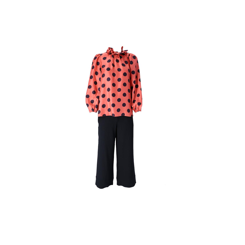 Outfit in Pink-Schwarz  Vorderansicht