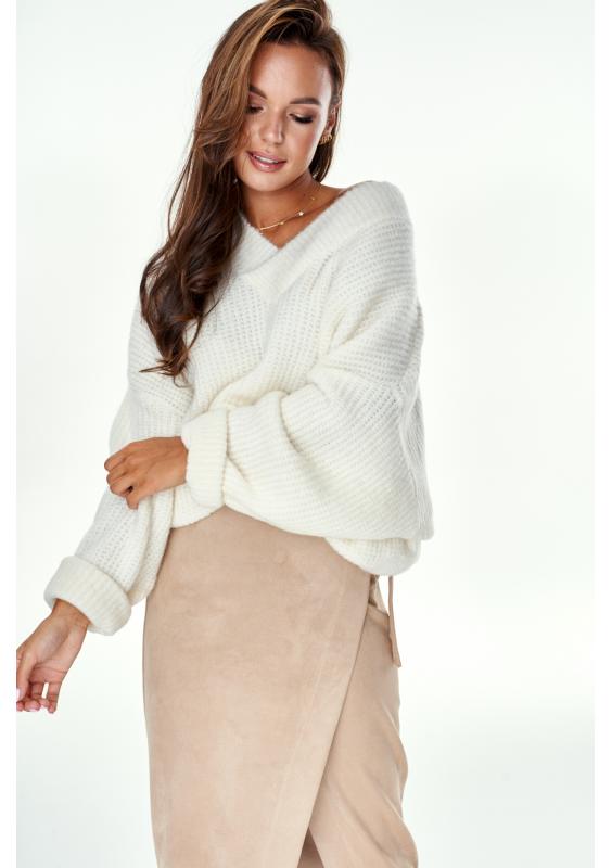 Oversized V-Neck Sweater in Ecru
