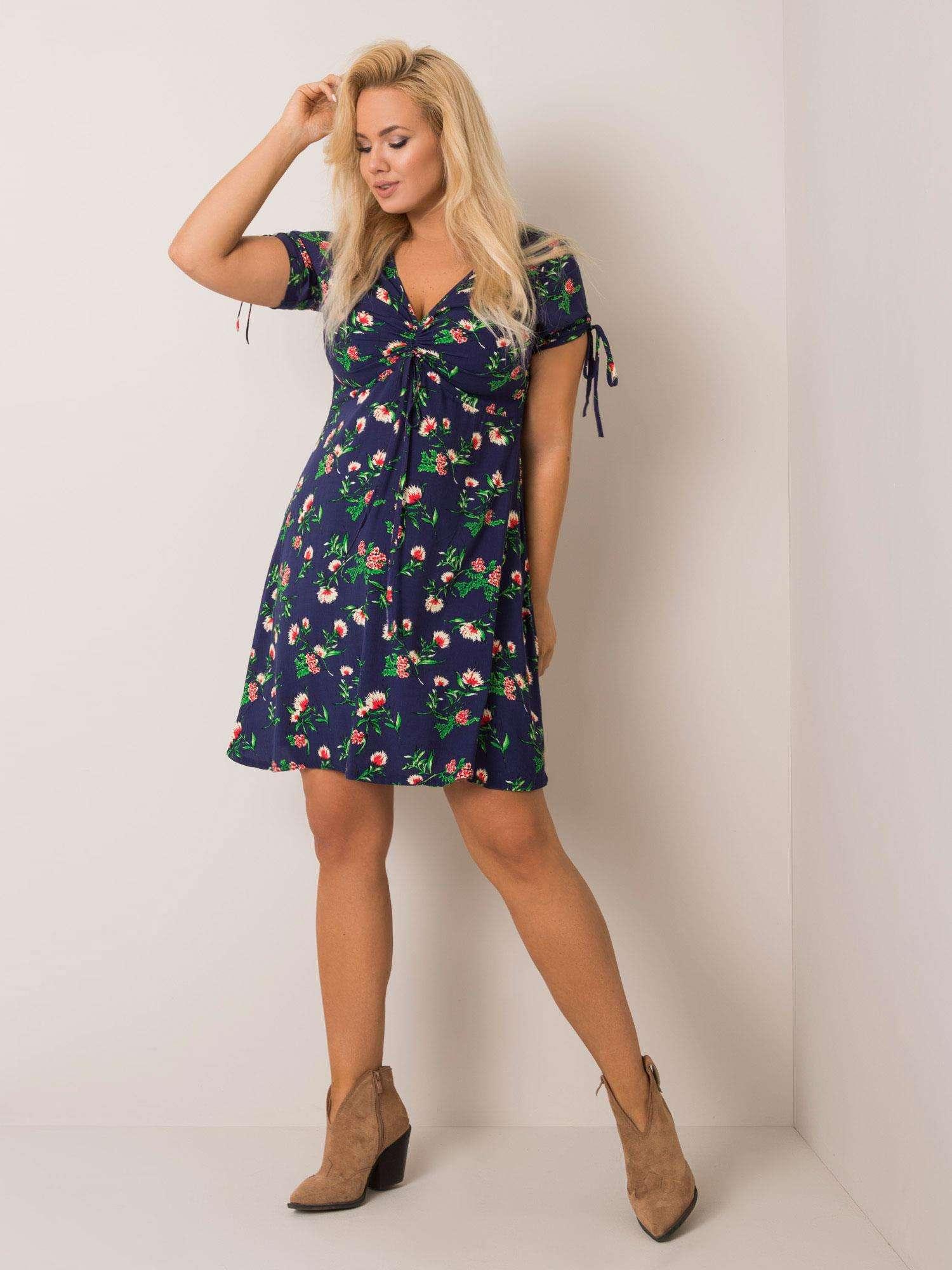 Kleid in Dunkelblau mit floralem Print Komplettansicht