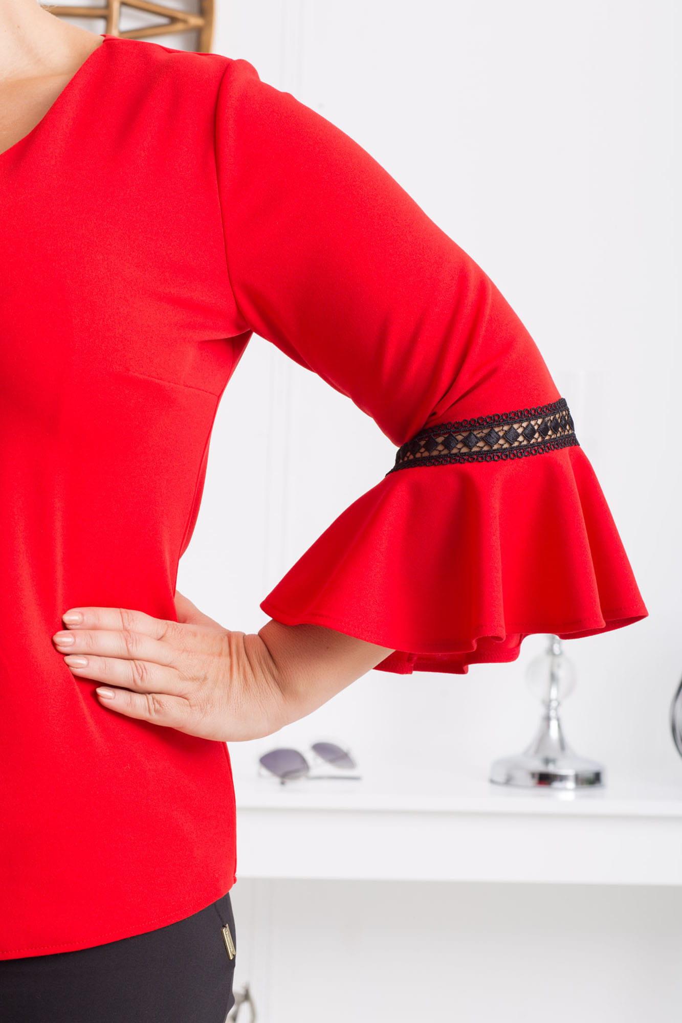 Bluse mit Trompetenärmeln in Rot Detailansicht