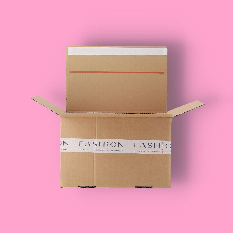 Wacky-Überraschungs-Box für Mode im Wert von EUR 150,00