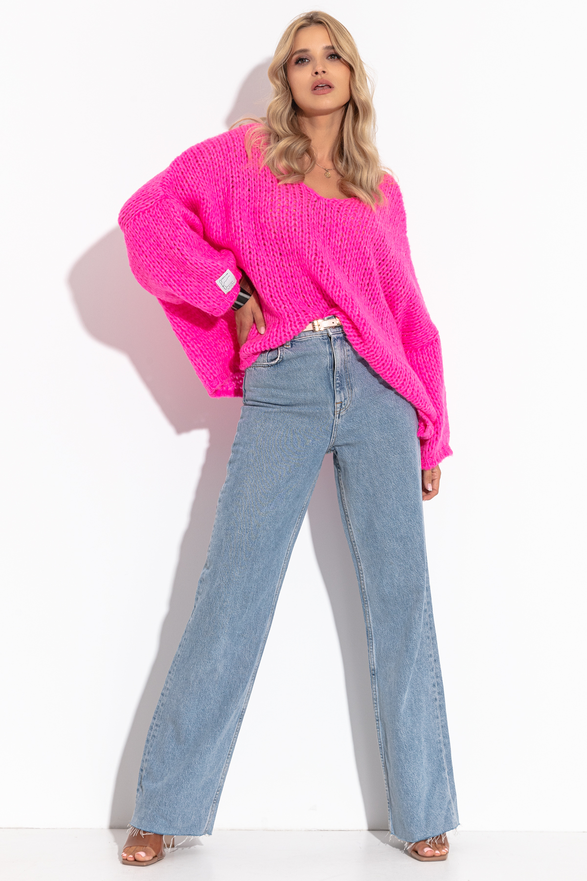 Pullover in Pink mit V-Ausschnitt Komplettansicht