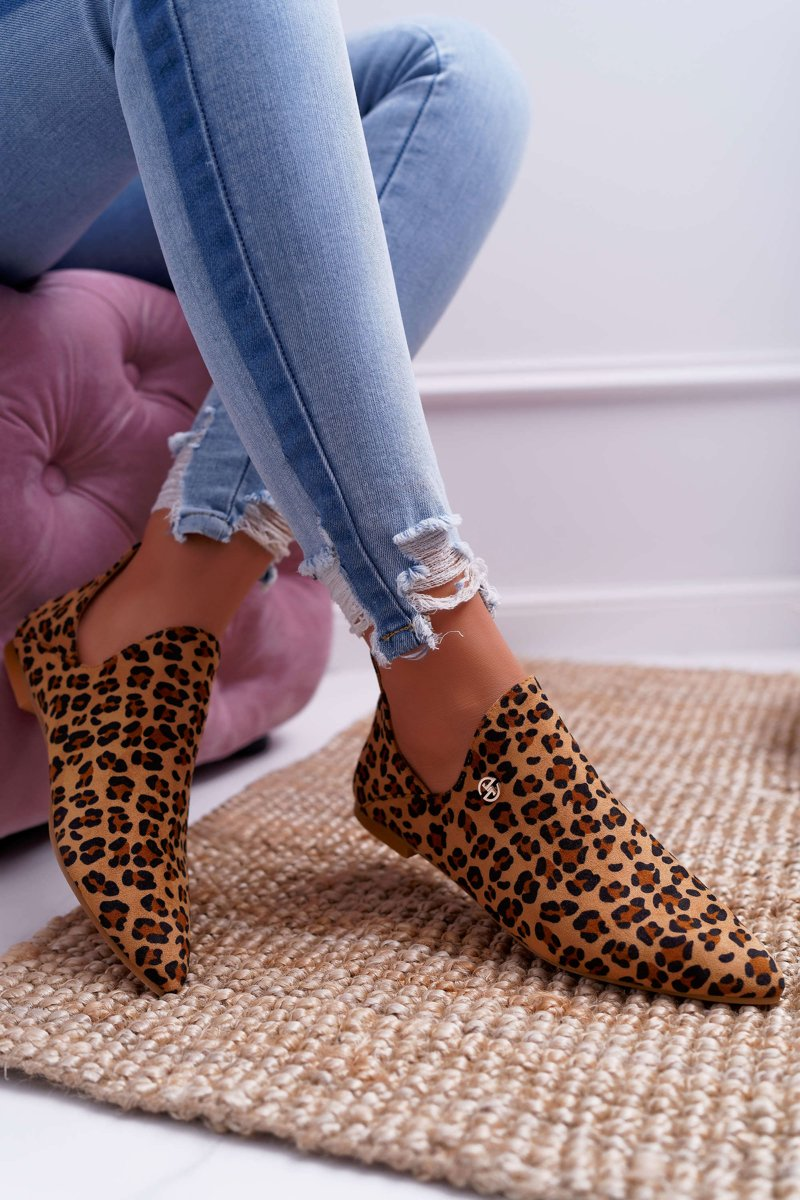 Ankle Boots mit Cutouts in Leo