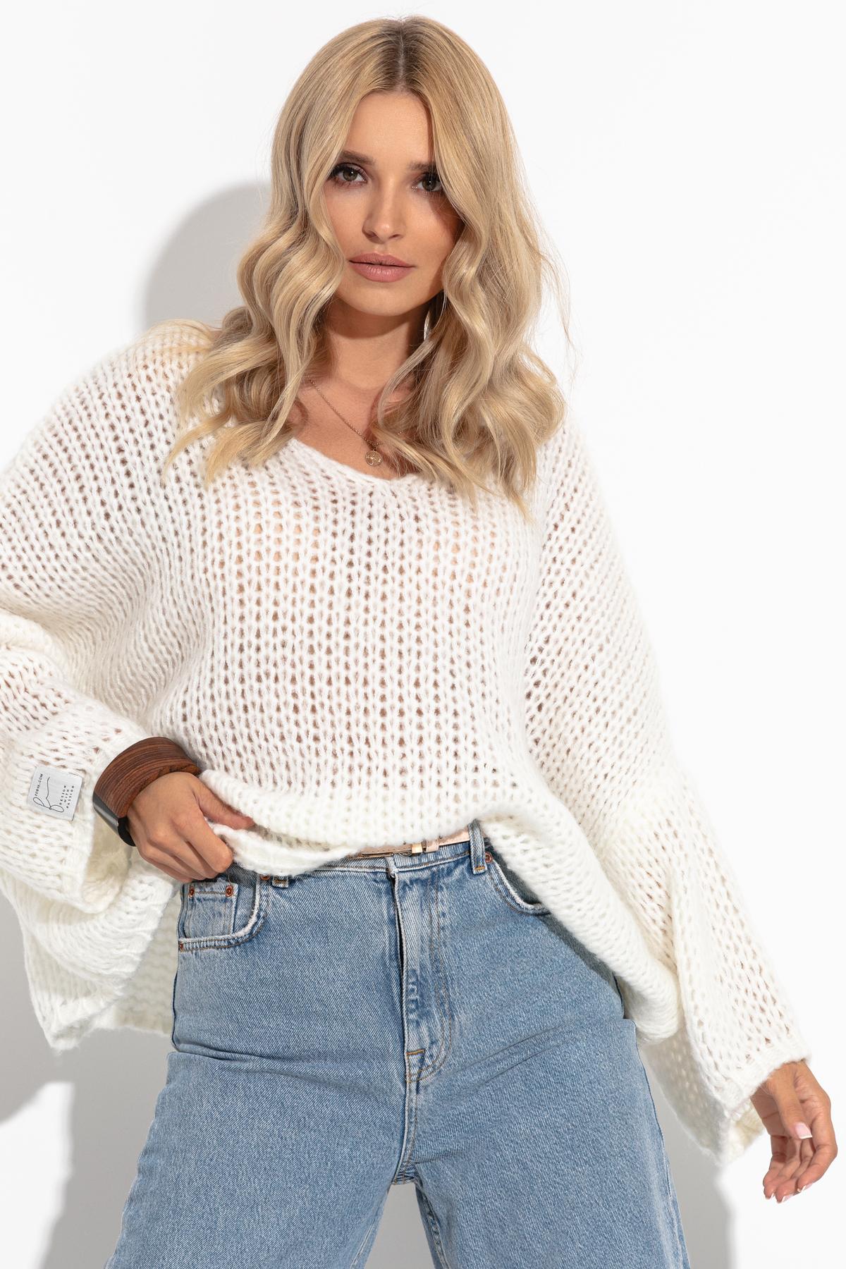 Pullover mit V-Ausschnitt in Ecru Vorderansicht