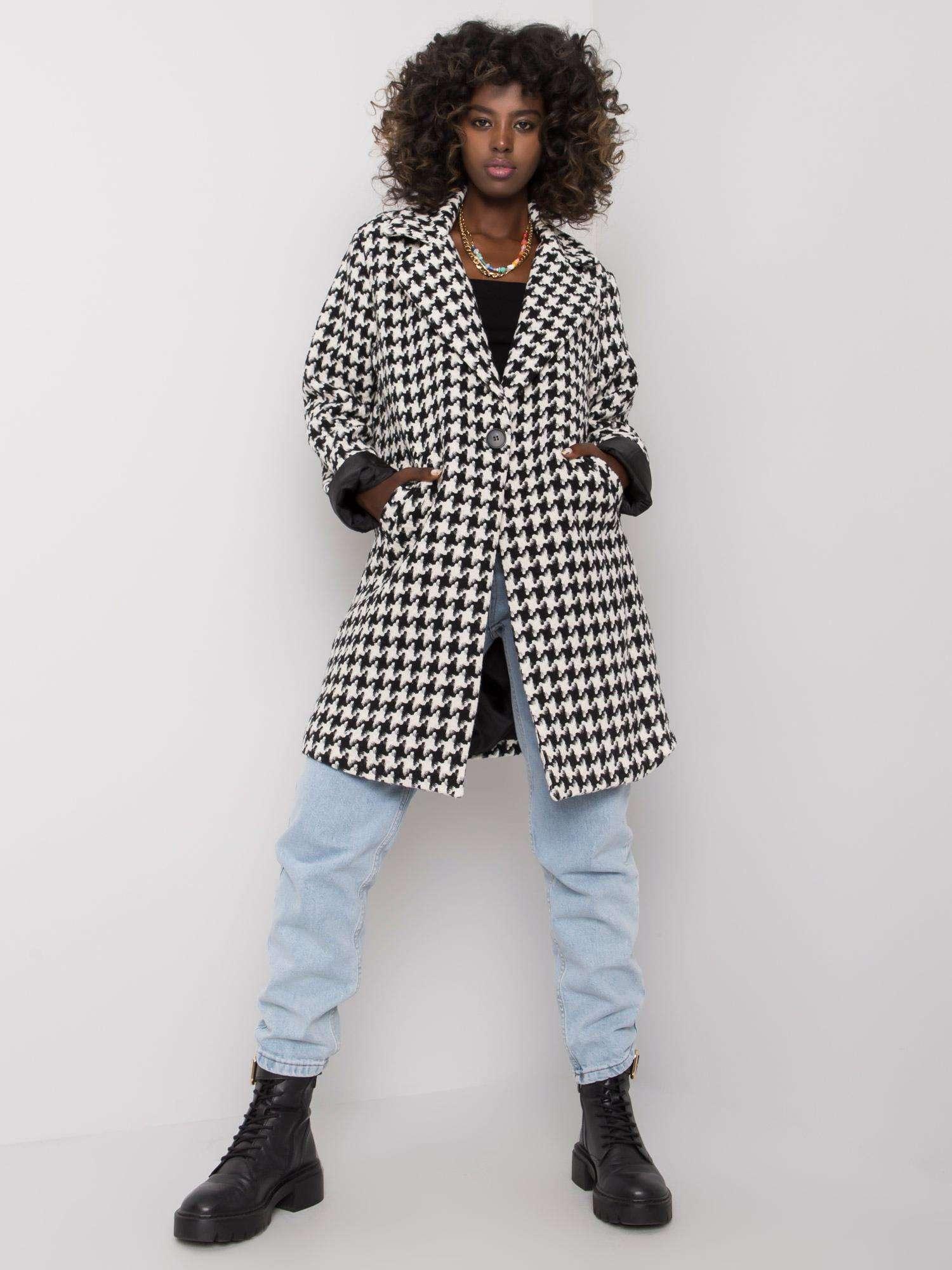 Mantel mit schwarz-weißem Hahnentrittmuster Vorderansicht komplett